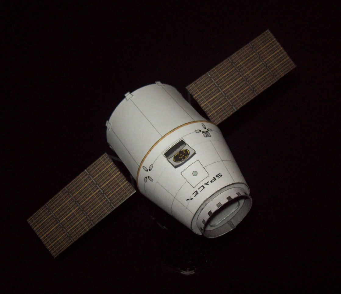 spacex dragon capsule paper model 1 96 scale designer ton noteboom download files